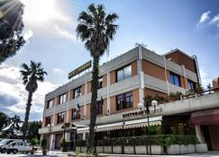 Hotel Sorriso - Lucera - Building
