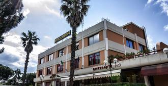 Hotel Sorriso - Lucera