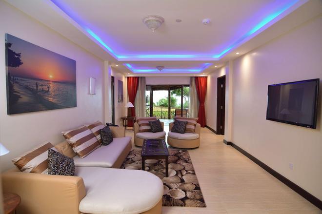 Prideinn Paradise Beach Resort & Spa - Mombasa - Olohuone