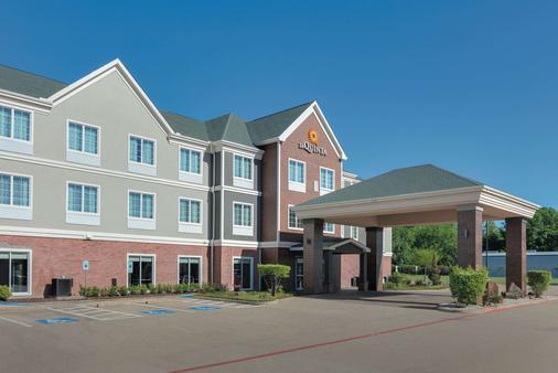 La Quinta Inn & Suites Tyler South - Tyler - Building