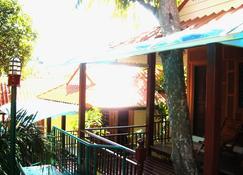 เจเจบังกะโล - เกาะพีพี - อาคาร