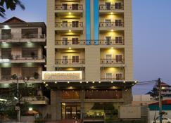 Kuch Oudom Hotel - Nom Pen - Edificio