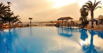 Barceló Castillo Beach Resort - Antigua - Pool