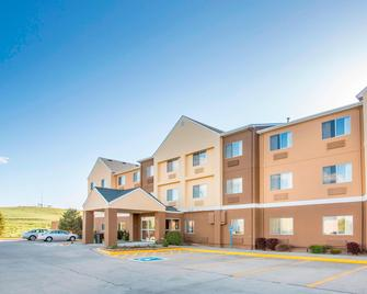 Fairfield Inn & Suites Cheyenne - Cheyenne - Building