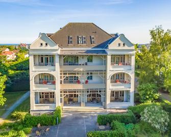Hotel Villa Halliger - Gohren - Building