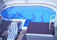 Zain International Hotel - Dubai - Pool
