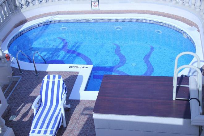 Zain International Hotel - Dubai - Pool
