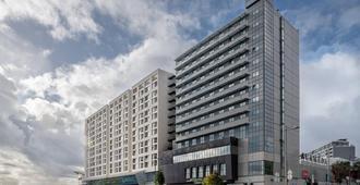 AC Hotel Porto by Marriott - Porto - Bangunan