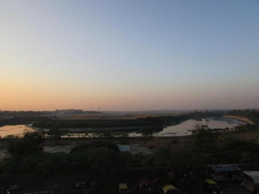 Hotel Kalpana Residency - Mumbai - Outdoors view