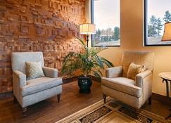 Best Western Plus Silver Saddle Inn - Estes Park - Lobby