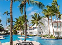蓬塔卡納西方式渡假村 - 卡納角 - Punta Cana/朋它坎那 - 游泳池
