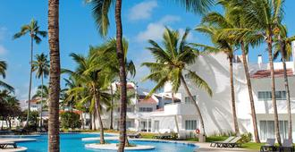Occidental Punta Cana - Punta Cana - Piscina