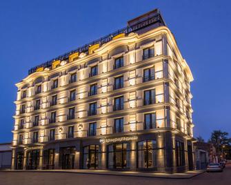 Best Western Kutaisi - Кутаїсі - Building