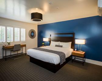 Beck's Motor Lodge - San Francisco - Bedroom