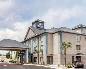 Days Inn by Wyndham Jesup - Jesup - Building