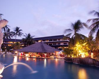Discovery Kartika Plaza Hotel - Kuta - Outdoors view