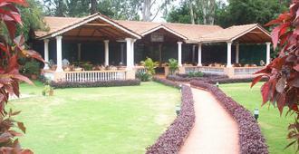 Radiant Resort - Bengaluru