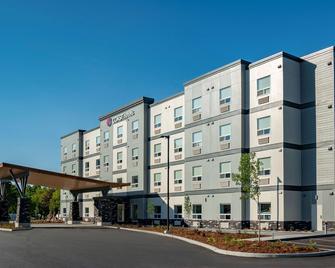 Coast Oliver Hotel - Oliver - Building