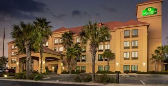 La Quinta Inn & Suites by Wyndham PCB Pier Park area - Panama City Beach