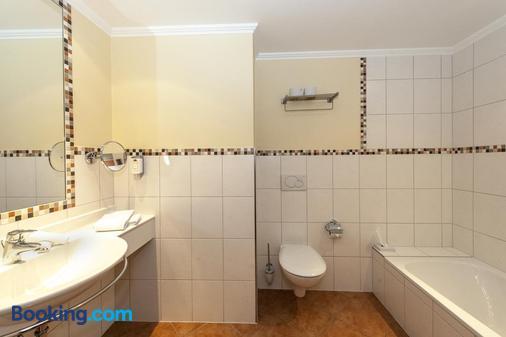 Hotel Belle-Vue - Vianden - Bathroom
