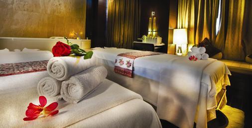 The Leela Ambience Hotel & Residences, Gurugram - Gurgaon - Κρεβατοκάμαρα
