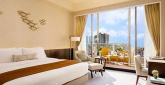 Hong Kong Gold Coast Hotel - Hong Kong