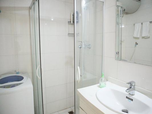 南京365酒店公寓(新街口城開國際店) - 南京 - 浴室