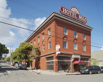 Hotel Mac - Richmond - Building