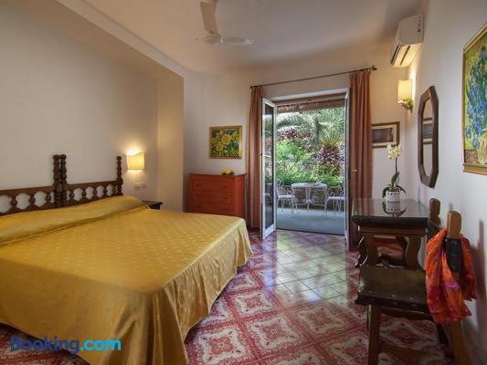 Semiramis Hotel De Charme - Forio - Bedroom