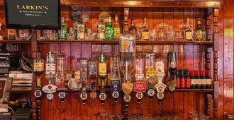 Larkins Pub Restaurant and B&B - Milltown (Kerry)