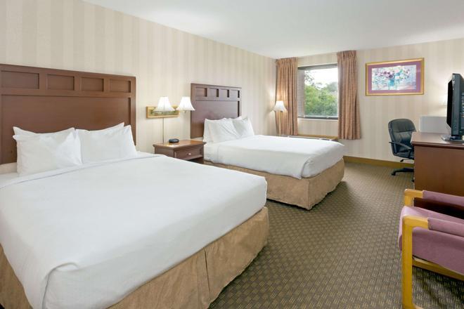 印弟安納波里斯西北戴斯套房酒店 - 印第安那波里 - 印第安納波利斯 - 臥室