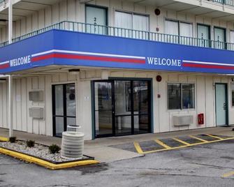 Red Carpet Inn Jeffersonville - Jeffersonville - Gebouw
