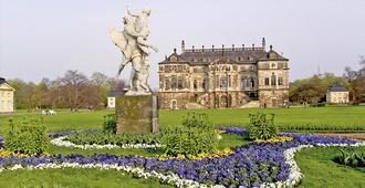 Relais & Châteaux Hotel Bülow Palais - Dresde - Edificio