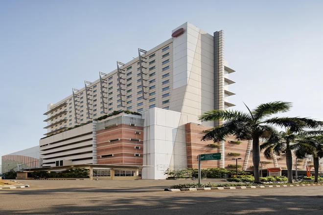 Harris Hotel & Conventions Kelapa Gading - North Jakarta - Building