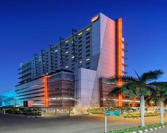 Harris Hotel & Conventions Kelapa Gading - Jakarta Nord - Bâtiment