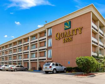 Quality Inn - Troy - Building