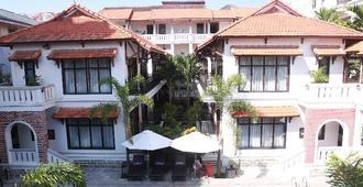 Ttc Hotel Premium Hoi An - Hoi An - Rakennus