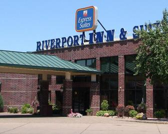 Express Suites Riverport Inn & Suites - Winona - Gebouw