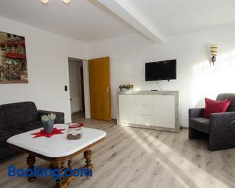 Ferienwohnungen Blischke - Wittmund - Living room