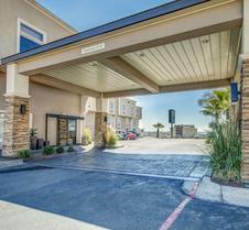 Comfort Inn & Suites I-10 Airport