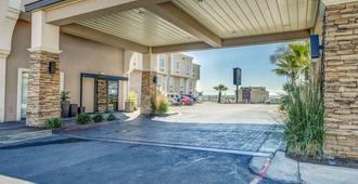 Comfort Inn & Suites I-10 Airport - Ελ Πάσο