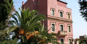 La Pensione Svizzera - Taormina - Toà nhà