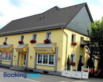 Haus Padberg - Balve - Building