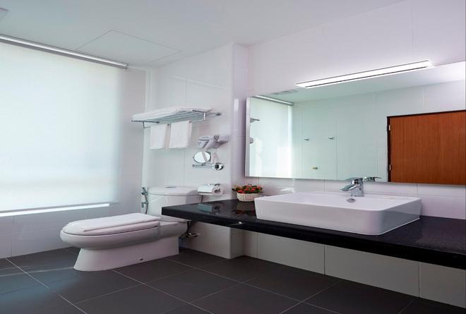 一洋酒店及服務式公寓酒店 - 檳城 - 檳城喬治市 - 浴室