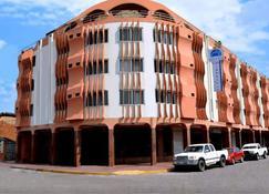 Hotel America - Santa Cruz - Budova