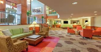 Hilton Garden Inn Pittsburgh University Place - Πίτσμπεργκ - Σαλόνι