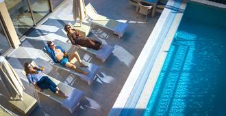 Hotel Kadmo - Budva - Pool
