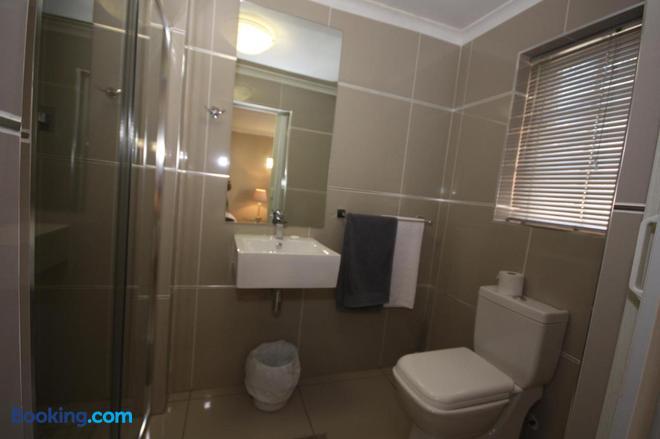 Tri-Angle B&B - Adelaide - Bathroom
