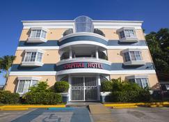Capital Hotel - Garapan - Rakennus