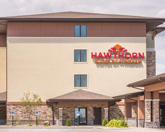 Hawthorn Suites by Wyndham St Clairsville - Saint Clairsville - Building
